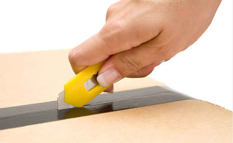 what is the utility knife used for